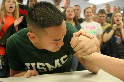 arm wrestling photo